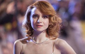 Fantastic Beasts Actress Jenn Murray Joins Cast Of